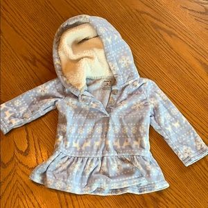 ❌ 2 for 10$ ❌ Carters fluffy hoodie  6months